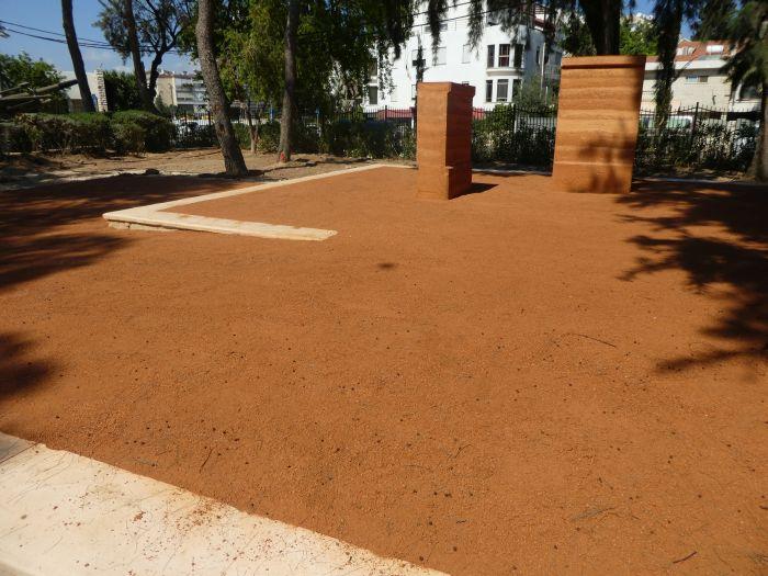 פוליסויל מעל אדמת מבנה CU Soil